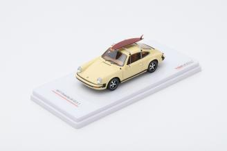 Porsche 911S 2.7   with Surf Board